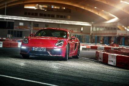 Porsche Cayman GTS na