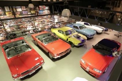 Najväčšiu zbierku modelov Ford