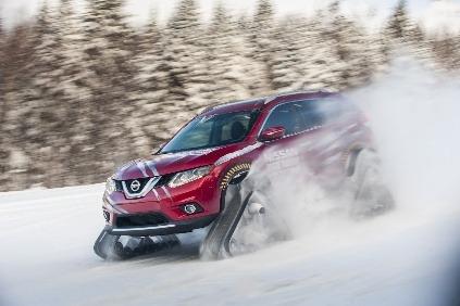 Nissan X-TRAIL/Rogue Warrior