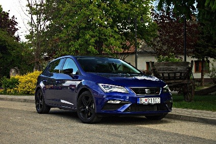 test seat leon fr 1 8 tsi dok e nahradi lacnej iu cupru. Black Bedroom Furniture Sets. Home Design Ideas