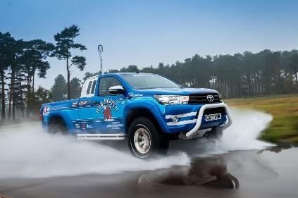 Toyota Hilux,Bruiser,Tamiya