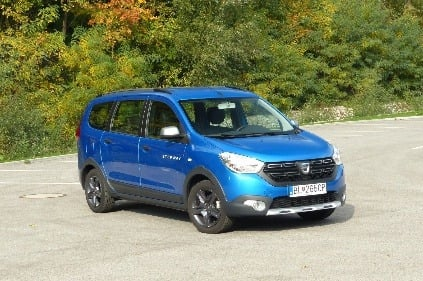 test dacia lodgy 1 6 sce stepway ve a priestoru v mpv so t lom suv. Black Bedroom Furniture Sets. Home Design Ideas
