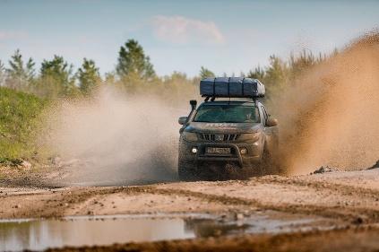 Mitsubishi L200 Expedition ROCK