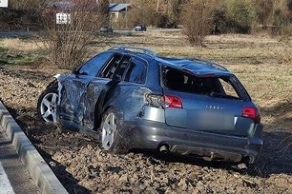 Auto po nehode vo