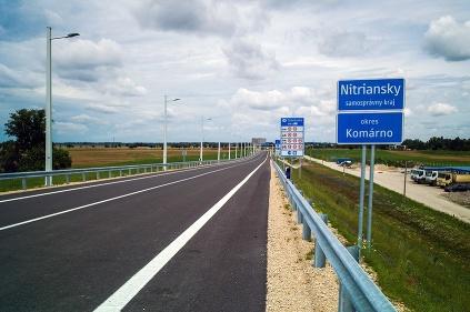 Cesta Komárno - Nitra