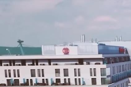 Električka pred SND