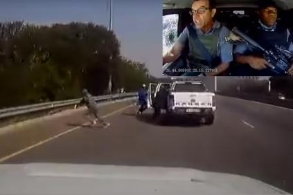 Land Cruiser proti lúpežníkom