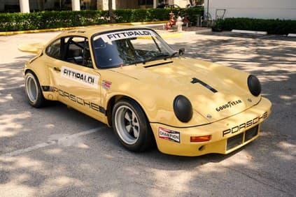 Порше 911 IROC RSR