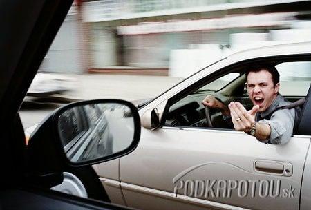 Agresívni vodiči