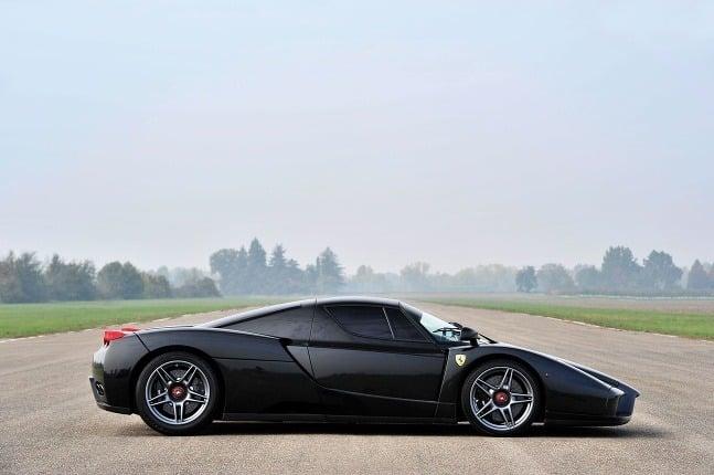 Ferrari Enzo pred a
