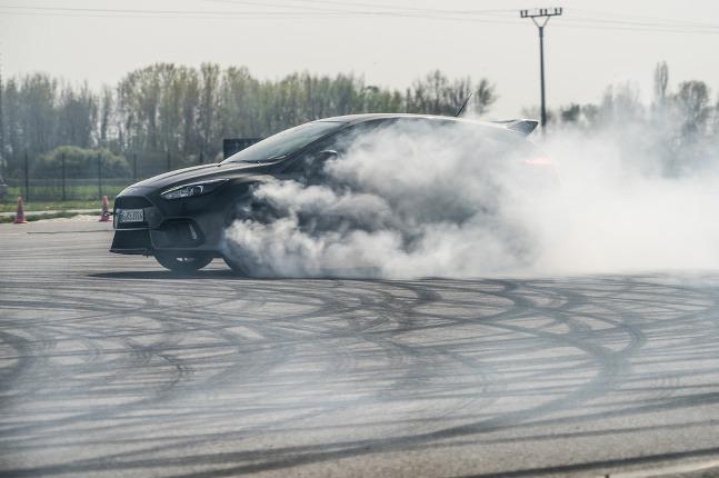 Ford Focus RS drift