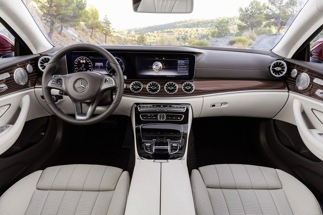 Mercedes E Coupe 2017