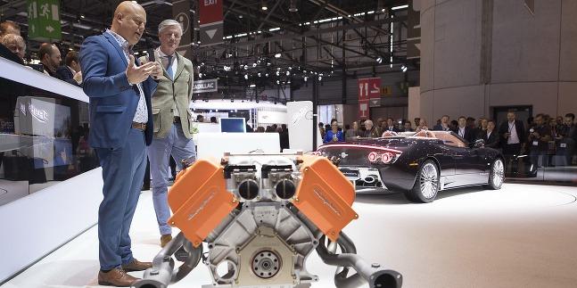 Cristian von Koenigsegg predstavuje