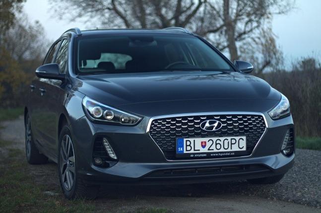TEST  Hyundai i30 kombi 1 d6cd4a27bfd
