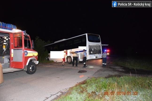Nehoda autobus Slanec