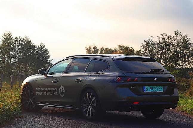 TEST: Peugeot 508 SW