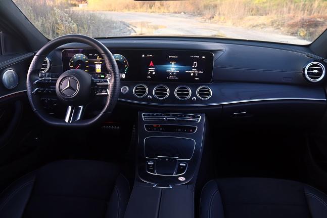 Mercedes Triedy E 300de