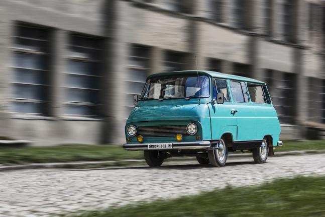 Škoda 1203 v 21.