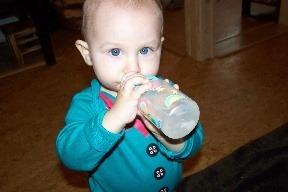 Odučte dieťa od fľašky:
