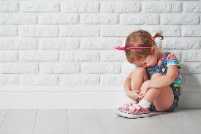 Utiahnuté dieťa: Prehnanou chválou