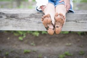 7-krát, prečo chodiť barefoot