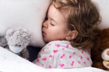 Spánok detí v lete:
