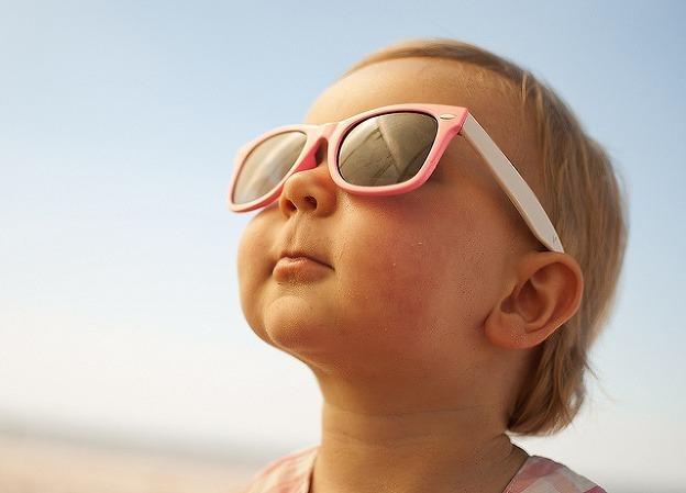 e7a07f153 Mali by slnečné okuliare nosiť aj malé deti?   Špuntík.sk