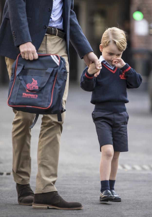 Princ George sa dokáže