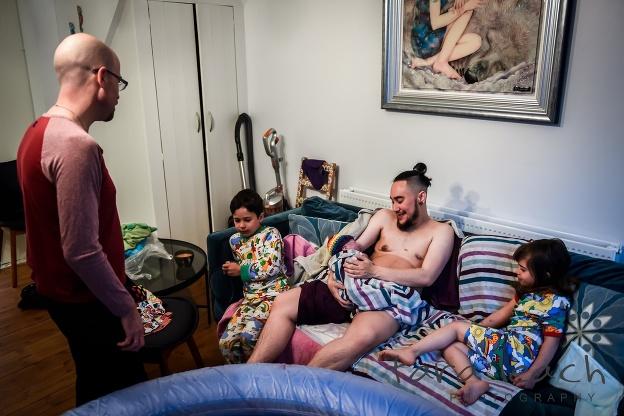 Transgender pár zverejnil fotky