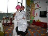 Dr. Sepeši sa objíma