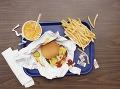 Fast food vám chudnutie nezaručí. Prísť môžete aj o potrebné črevné baktérie, ktoré by vás inak udržali vo forme.