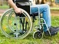 Niektorí pacienti so sklerózou multiplex skončia na vozíku.