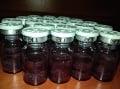 Lyofilizáty antokyánov izolované z plodov bazy. Foto: archív Ivana Šalamona