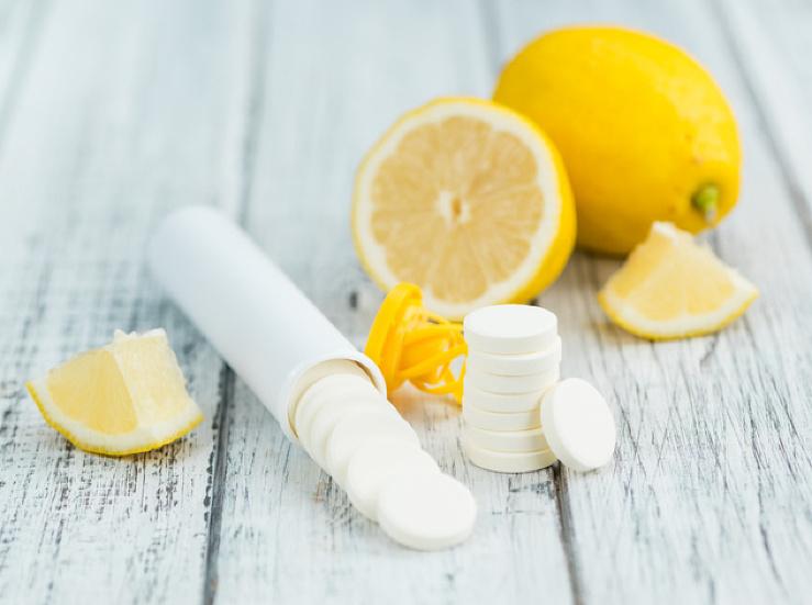 Zradný účinok vitamínu C: Neverili by ste, ako ľahko vám môže pri chorobe ublížiť