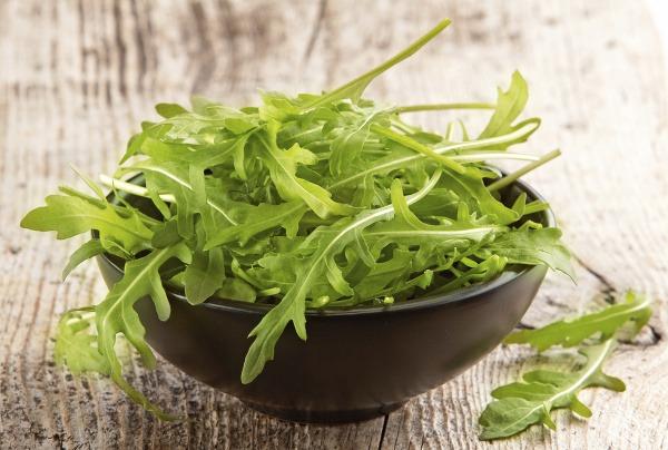 Rukola je zdravá bylinka