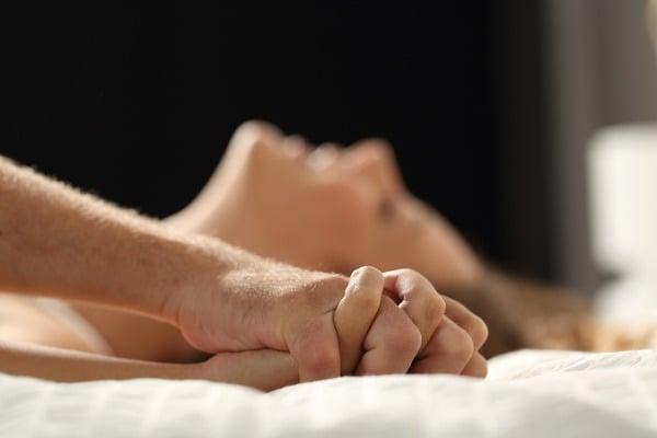 detailné ženský orgazmus videá