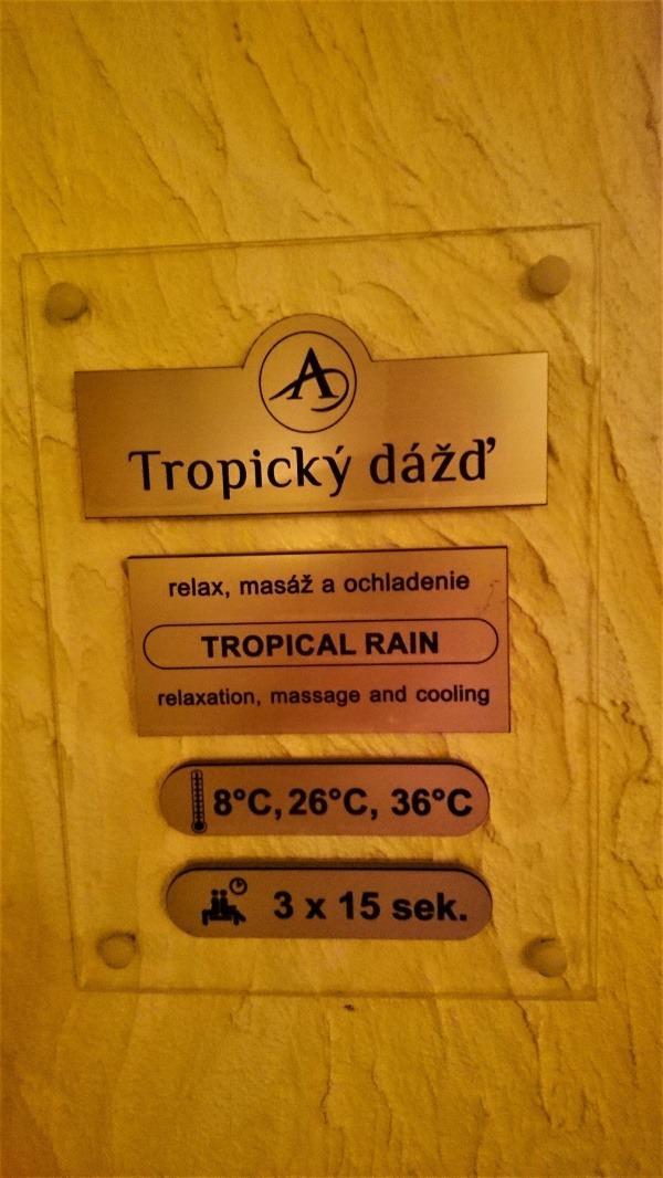 Tropický dážď sa zase