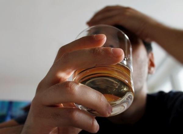 Alkohol je horší ako