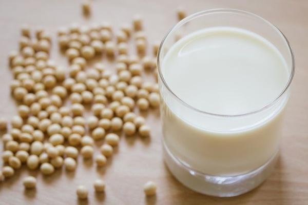 Veľké porovnanie mliečnych nápojov: