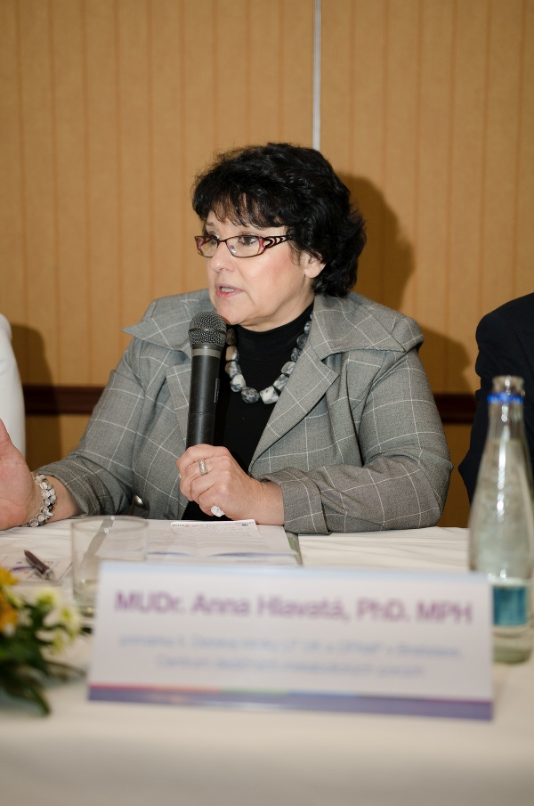MUDr. Anna Hlavatá, PhD.,
