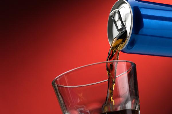 Pitie KOFEÍNOVÉHO nápoja ho