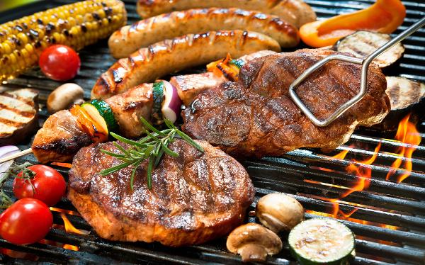 Mäso s RAKOVINOTVORNÝMI účinkami: