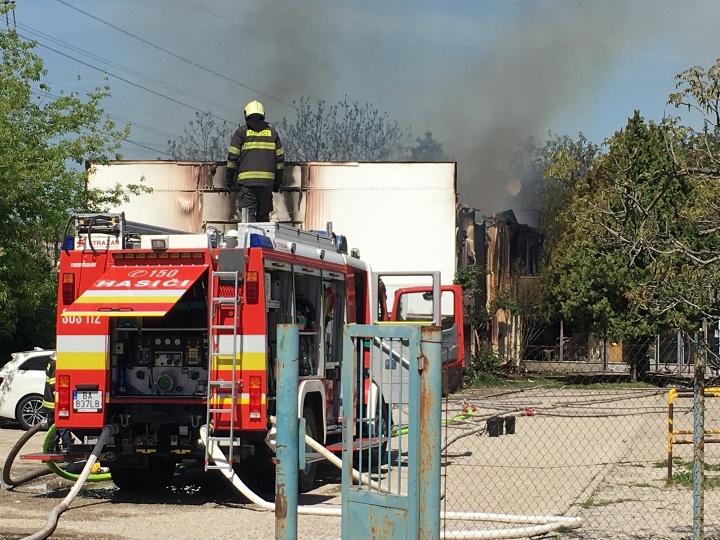 Požiar v ružinovskej ubytovni