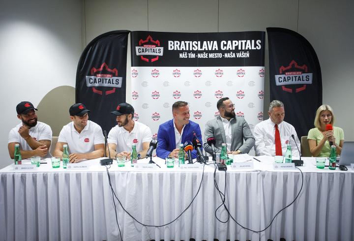 Hokejový klub v Bratislave