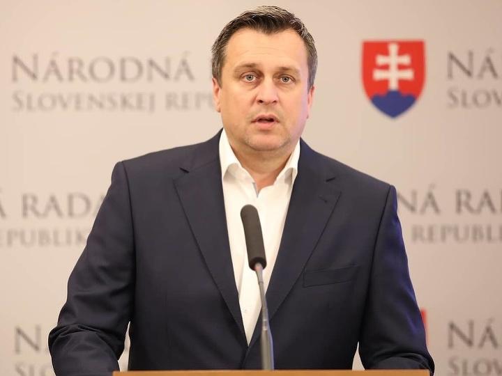 Andrej Danko informuje o