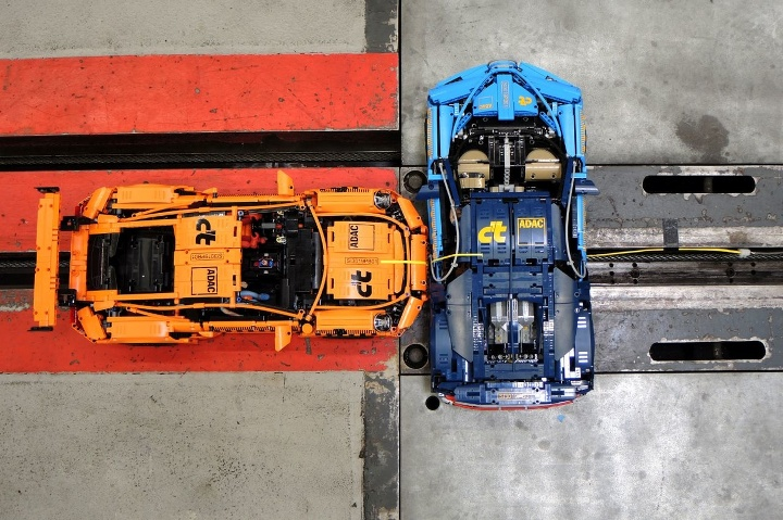 LEGO c't crash Porsche
