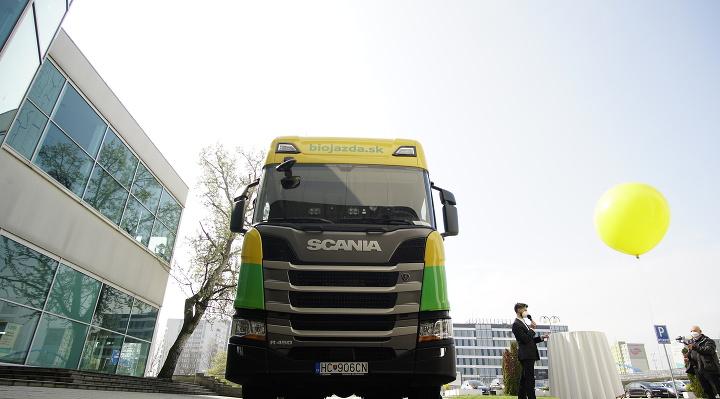 Na Slovensko prichádza prvý