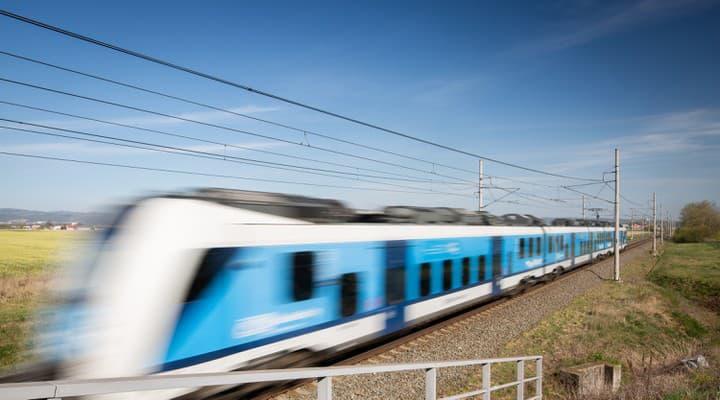 Autentické zábery zrážky vlaku